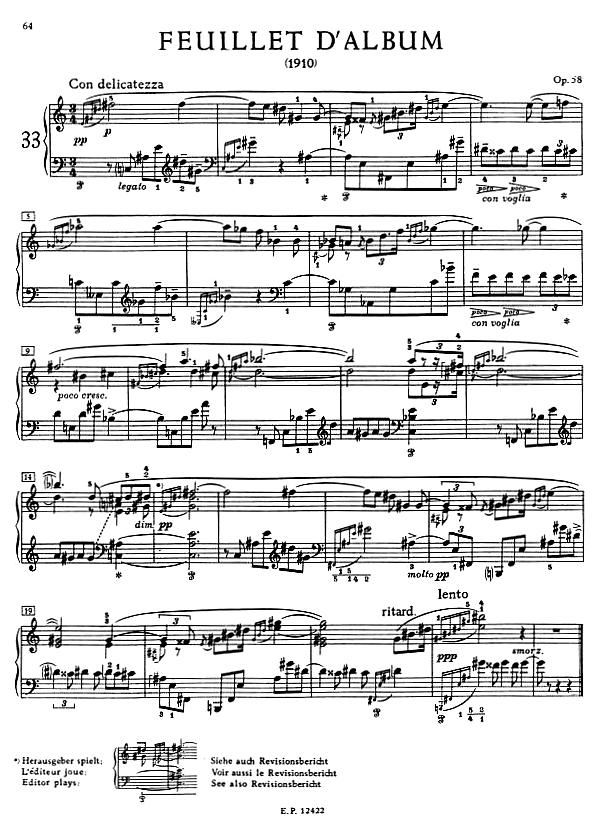 A 23 ütemes Feuillet d'album egy c-fisz között ingázó kaleidoszkóp-akkord billegésére, modulációira, és különbözőképp kiegészülő harmóniáira épül.