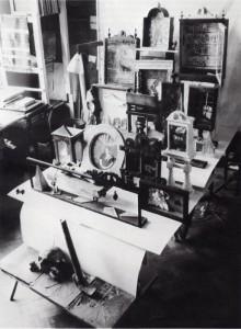 Bálint Endre műtermében (Forrás: Román József Bálint-monográfiája)