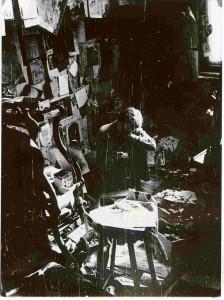 Gedő Ilka műtermében, 1982 (Forrás: Wikipédia)