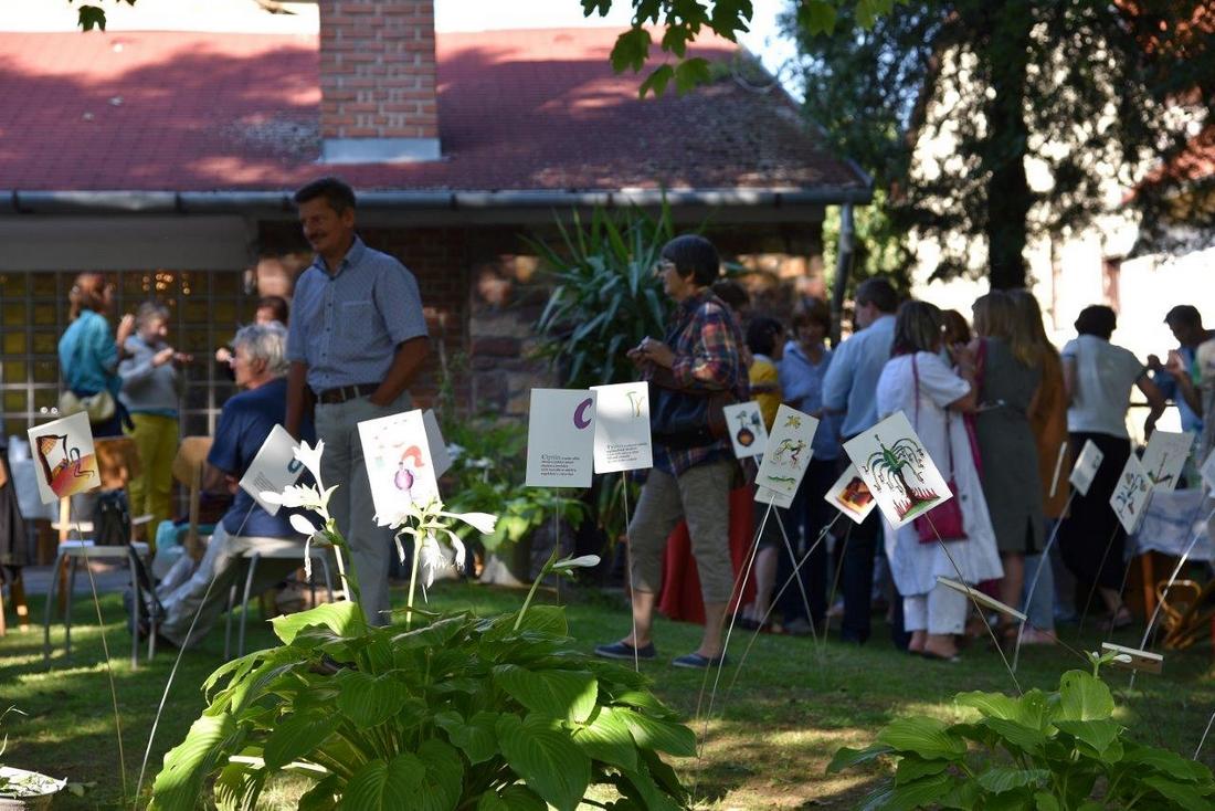 Lovas, a Kert kiállítás megnyitója (Fotó: Tenke István)