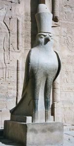 Hórusz-szobor Egyiptomban